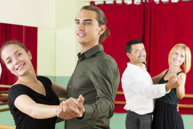 Group Dance Lessons for Adults
